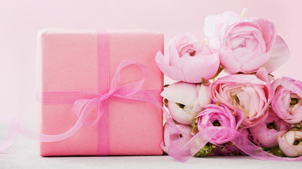 Подарок женщине на НГ