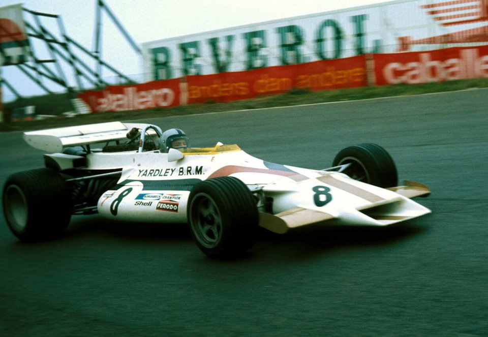 Педро Родригес за рулем BRM P160