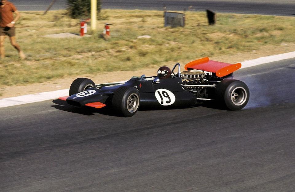 Джеки Оливер укрощает BRM P153