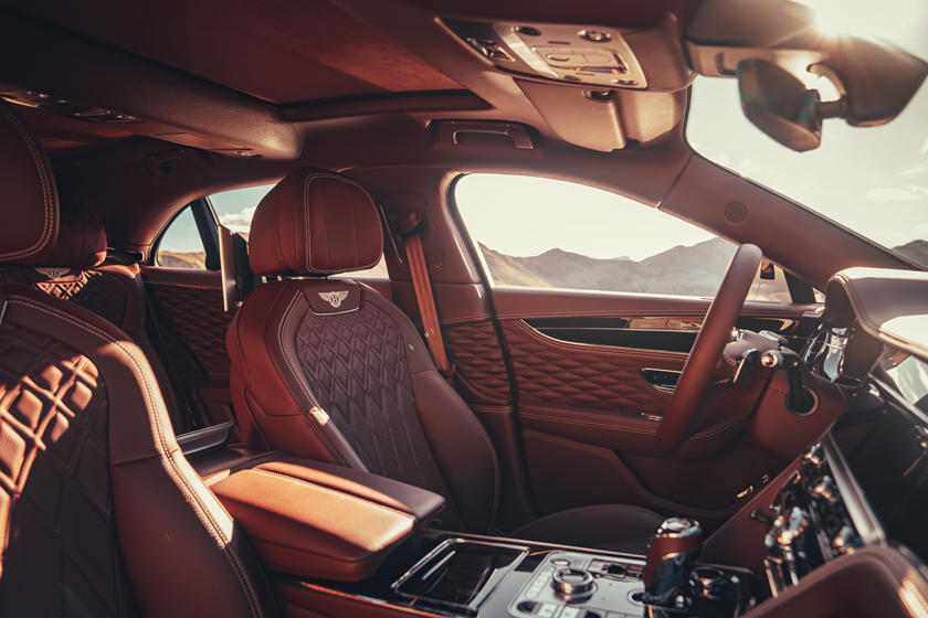 интерьер Bentley Flying Spur