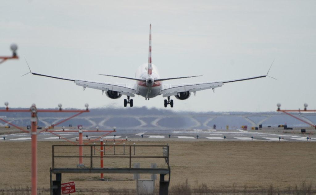 Boeing 737 MAX и Смертность коммерческих полётов