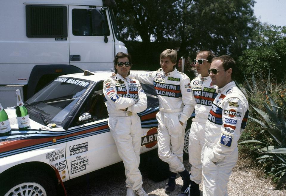 Тициано Сивьеро, Бернар Оселли, Дидье Ориоль и Марио Биазон в предвкушении празднования победного дубля на «Ралли Акрополис» '89.