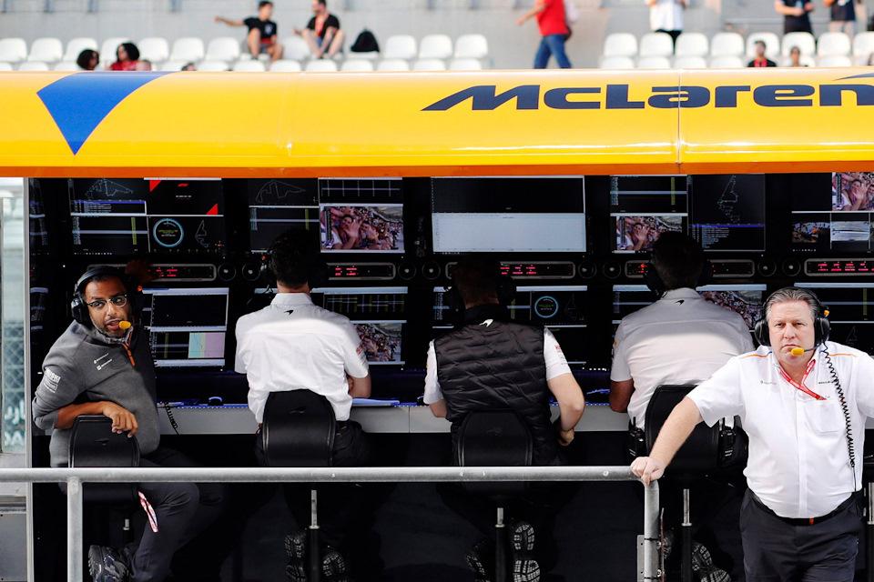 Рандип Сингх один из четырех гоночных стратегов McLaren