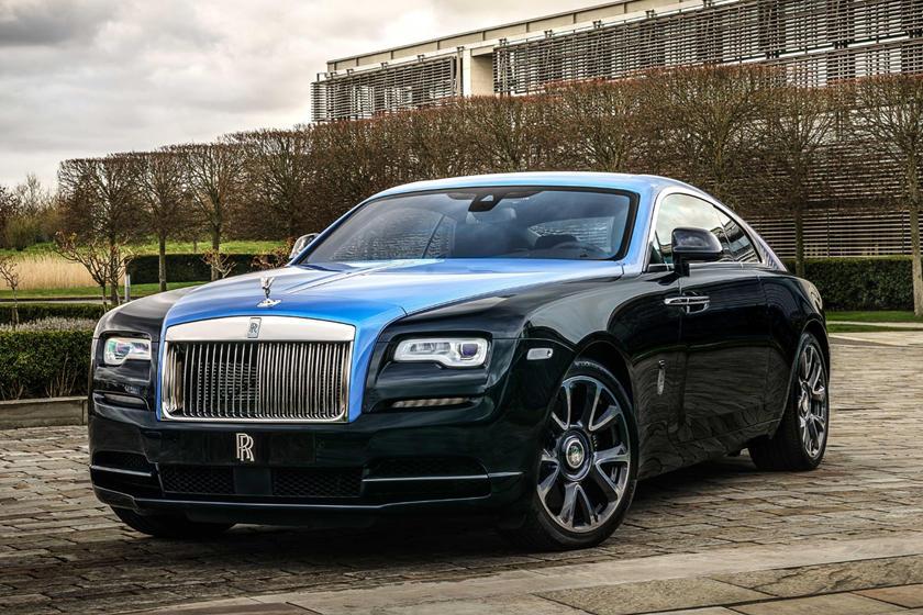 Rolls-Royce и приложение Whispers