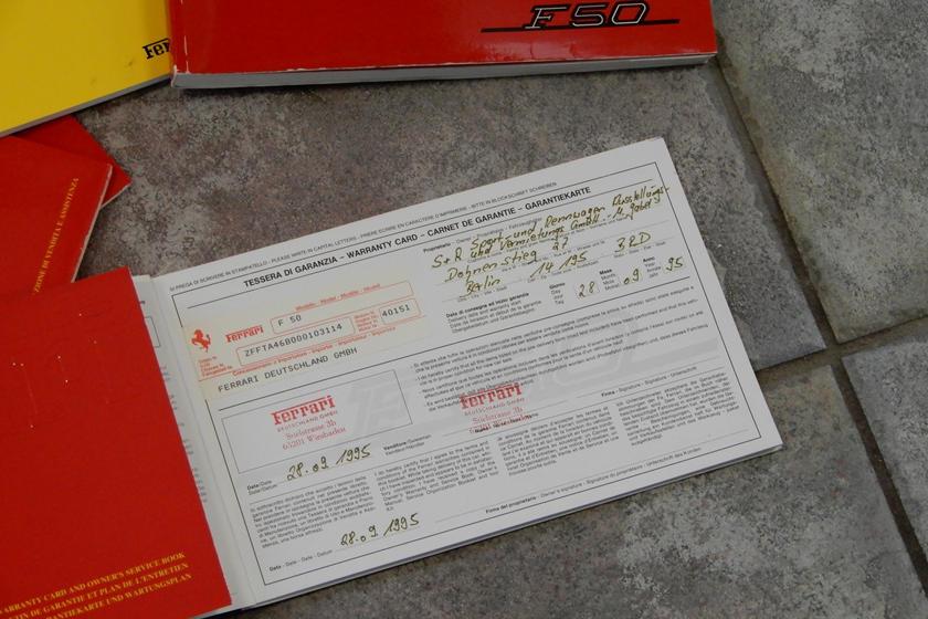 сервисная книга Ferrari F50