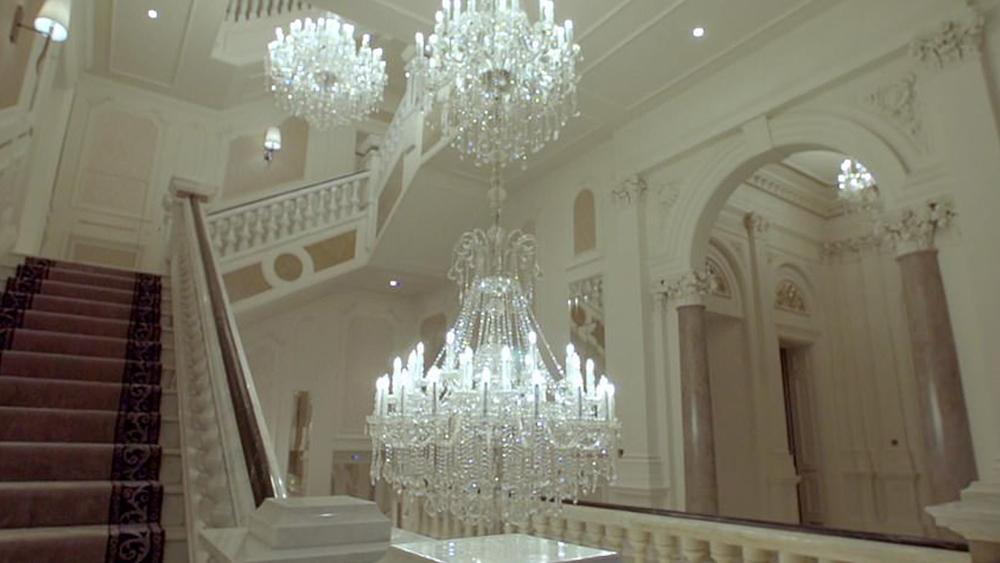 лестница дорогого дома