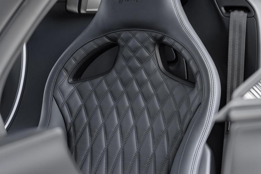 Сидения Bugatti Chiron Noire Sportive