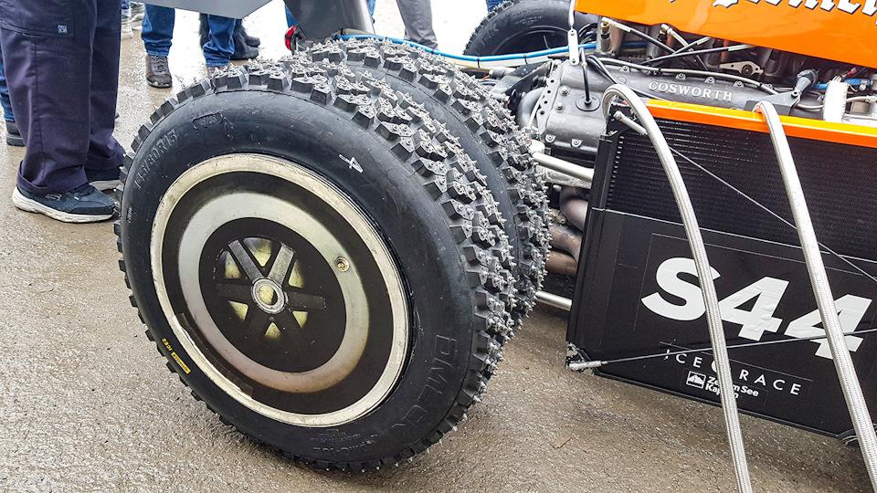 задние шины March-Cosworth 741