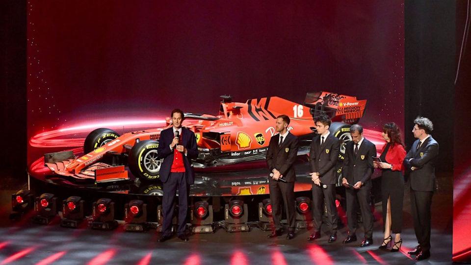 Ferrari SF1000 и команда