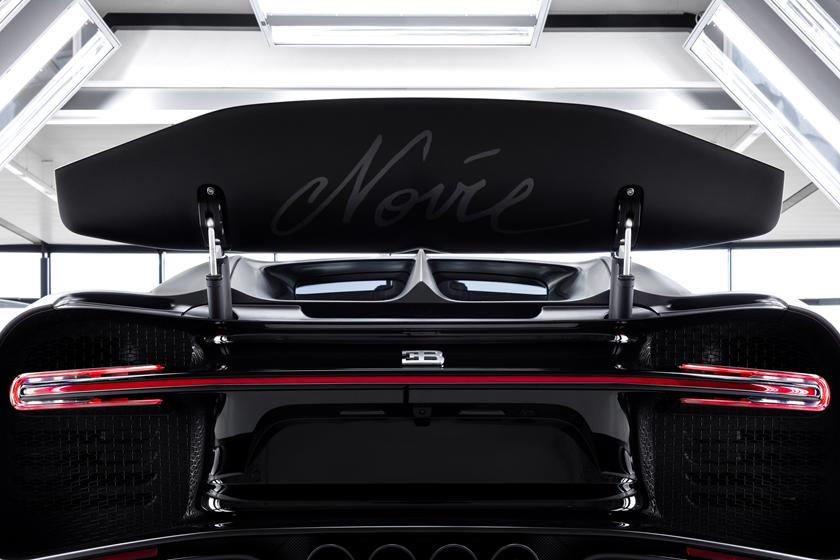 Bugatti Chiron Noire Sportive спойлер