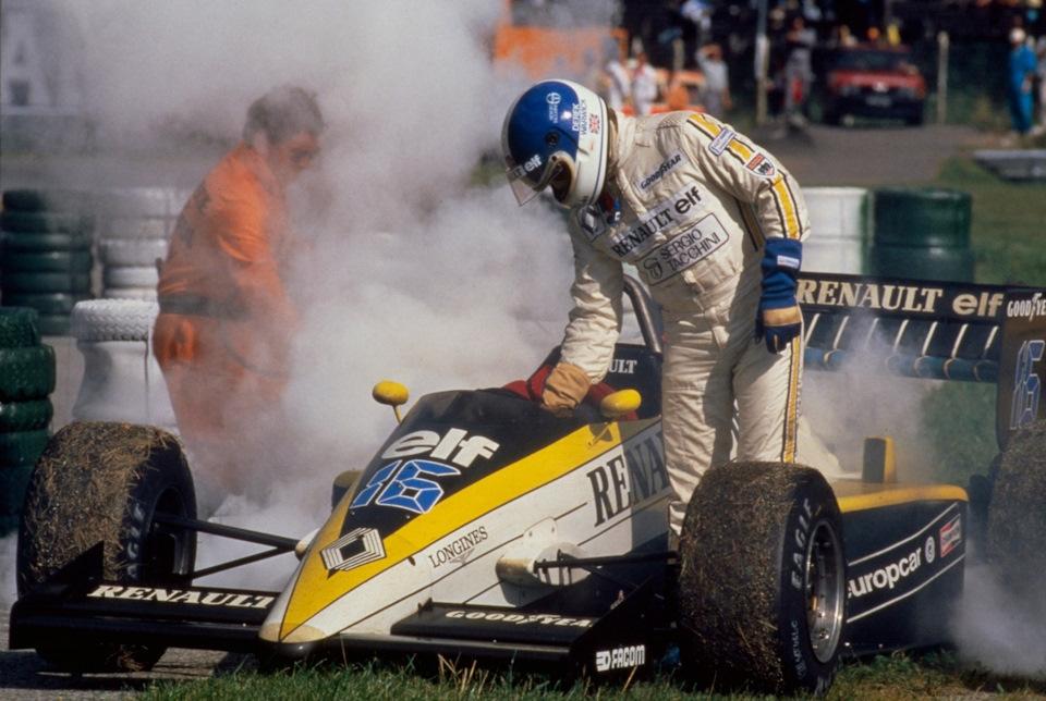 Сход Дерека Уорвика на Renault RE60B на Гран При Австрии '85. С 1977 по 1985 гг. гонщики Renault закончили всего 40% гонок, в которых стартовали.
