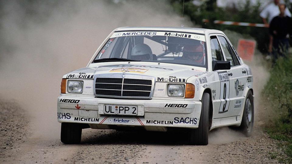 Единственной категорией автоспорта, в которой Mercedes-Benz был официально представлен заводской командой с середины 1950-х, было ралли.
