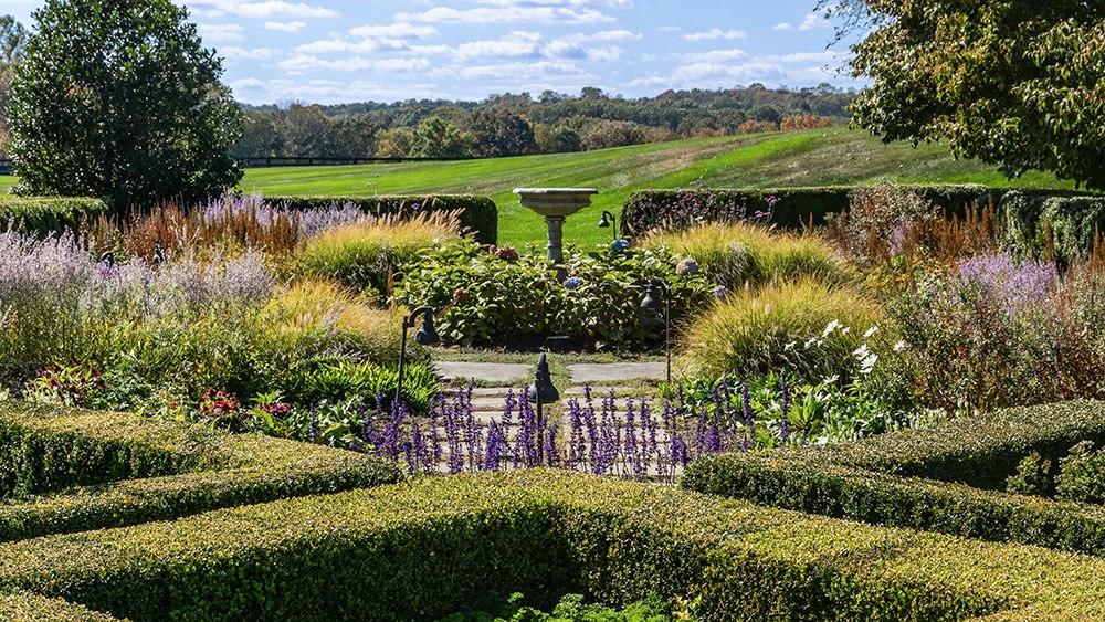 сады Поместья соучредителя Calvin Klein за $100 миллионов