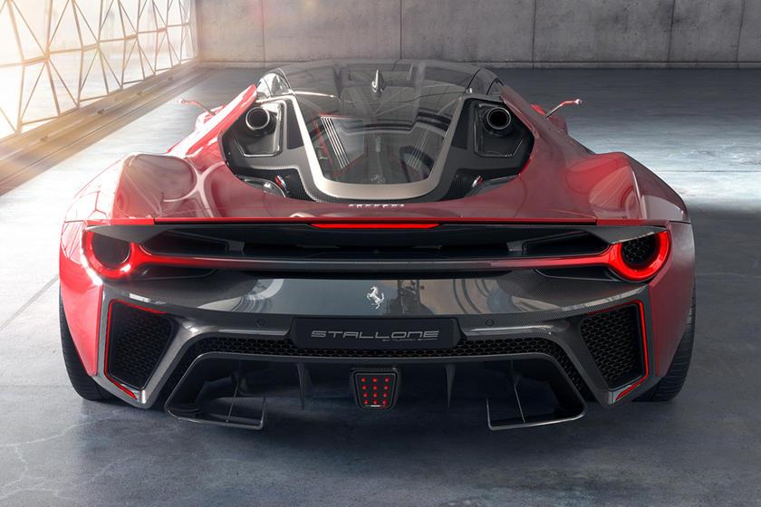 Ferrari Stallone сзади
