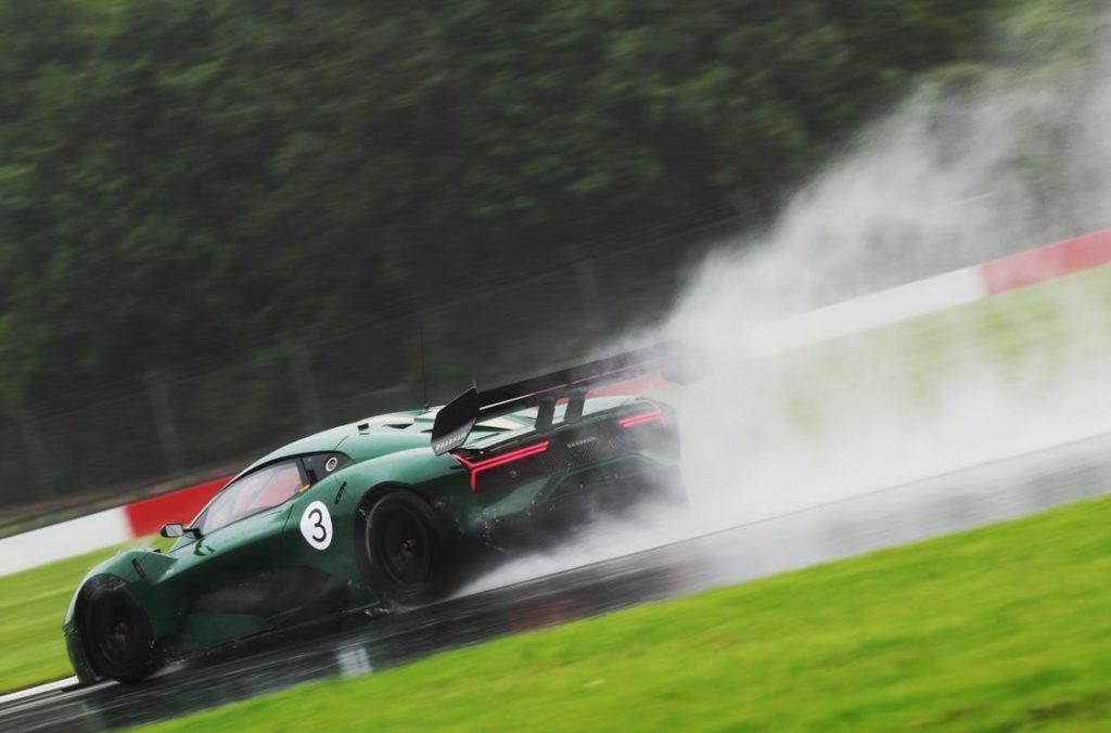 фото Brabham BT62