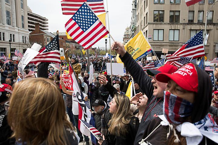 протесты против