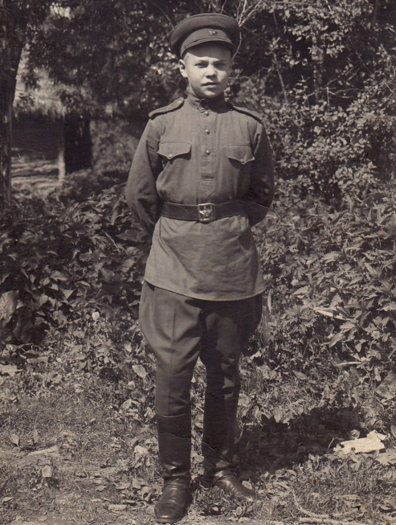Густешов Варлен Дмитриевич