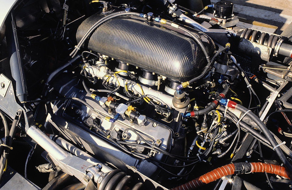 Двигатель M119 HL