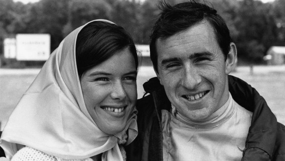 Джеки и Хелен Стюарт