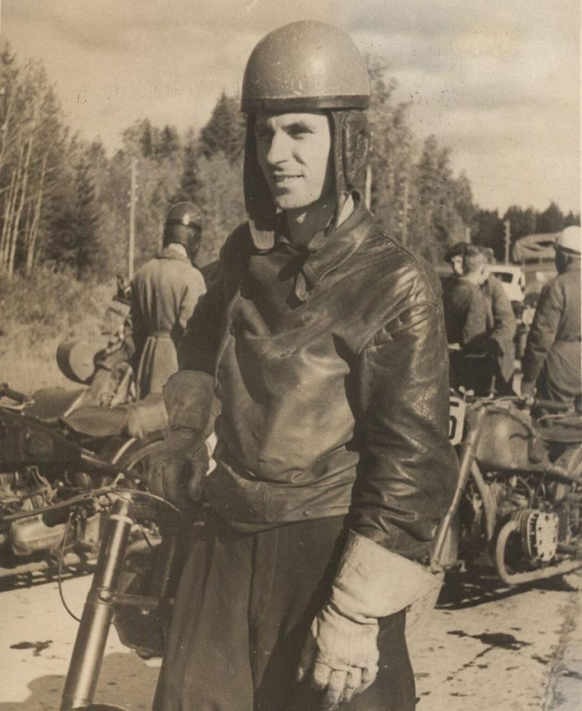 Карнеев Владимир Иванович