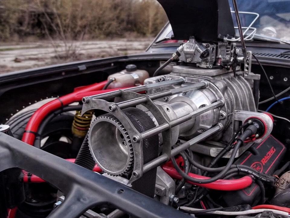 350-сильного V8