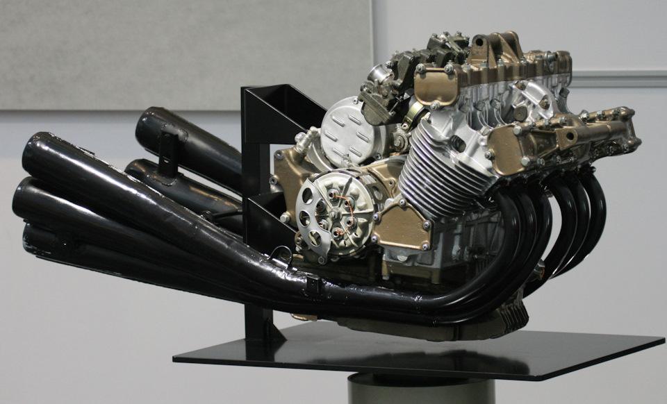 шестицилиндровый «рядник» RC165