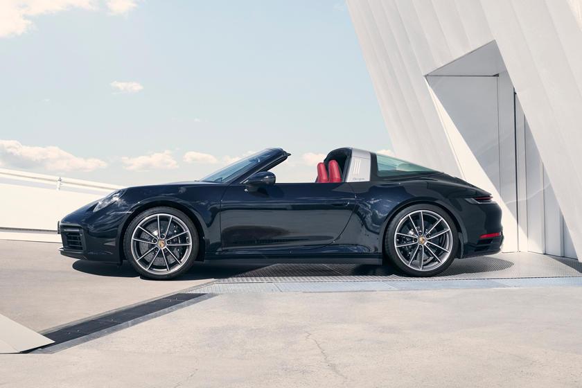 обзор Porsche 911 Targa