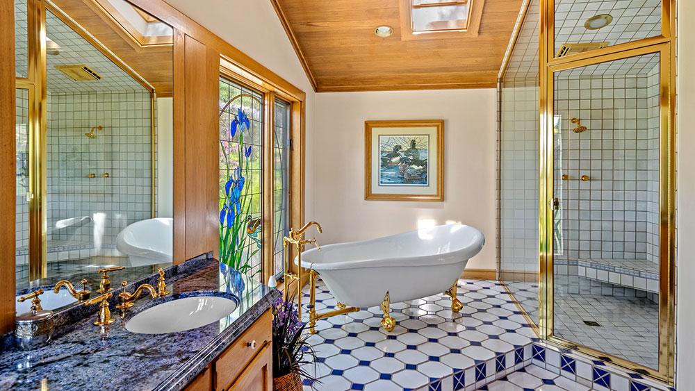 ванная на ранчо