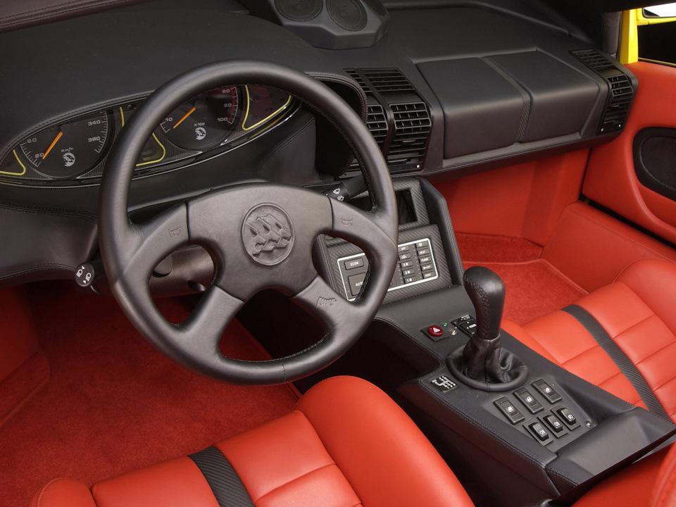 интерьер Fenice TTJ Spyder  V16T