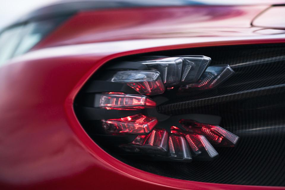 дизайн и характеристики Aston Martin DBS GT Zagato