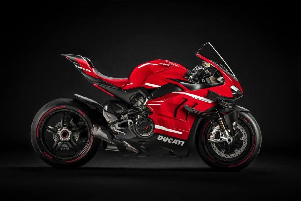 обзор Ducati Superleggera V4