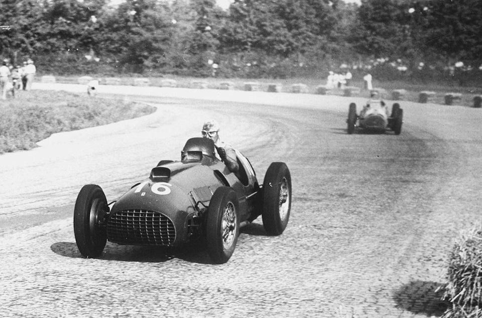 Альберто Аскари на Ferrari 375