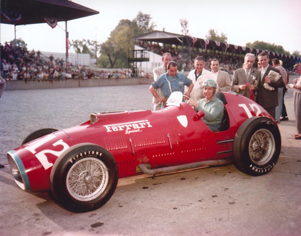 Альберто Аскари на Ferrari Special в Индианаполисе. 1952 год.