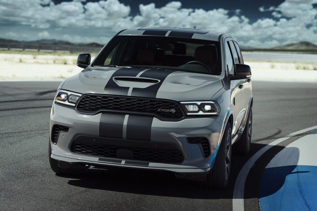 Dodge Durango SRT Hellcat самый мощный SUV в мире