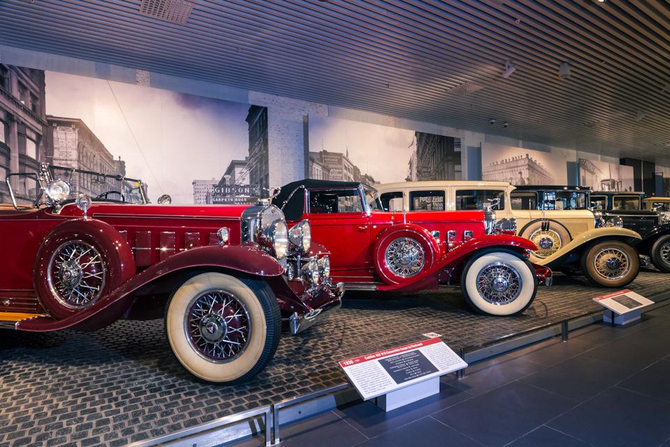 Часть экспозиции автомобильного музея в Верхней Пышме