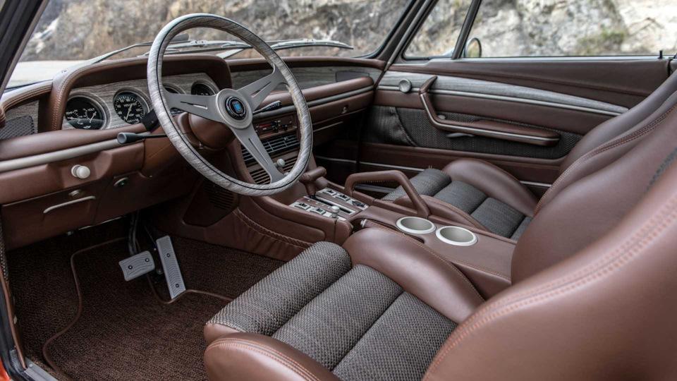 интерьер BMW 3.0 CS выпуска 1974 года