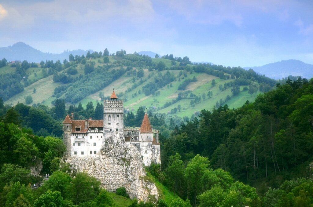 красоты замок графа Дракулы