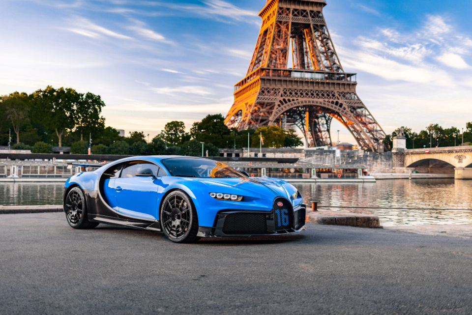 обзор Bugatti Chiron Pur Sport