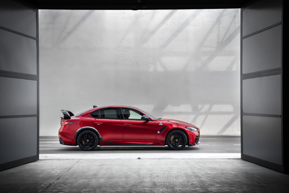 характеристики Alfa Romeo Giulia GTAm