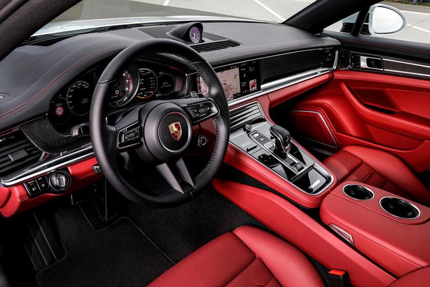 insaid Porsche Panamera
