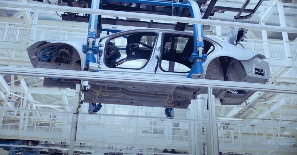 production Mercedes-Benz S-Class 223