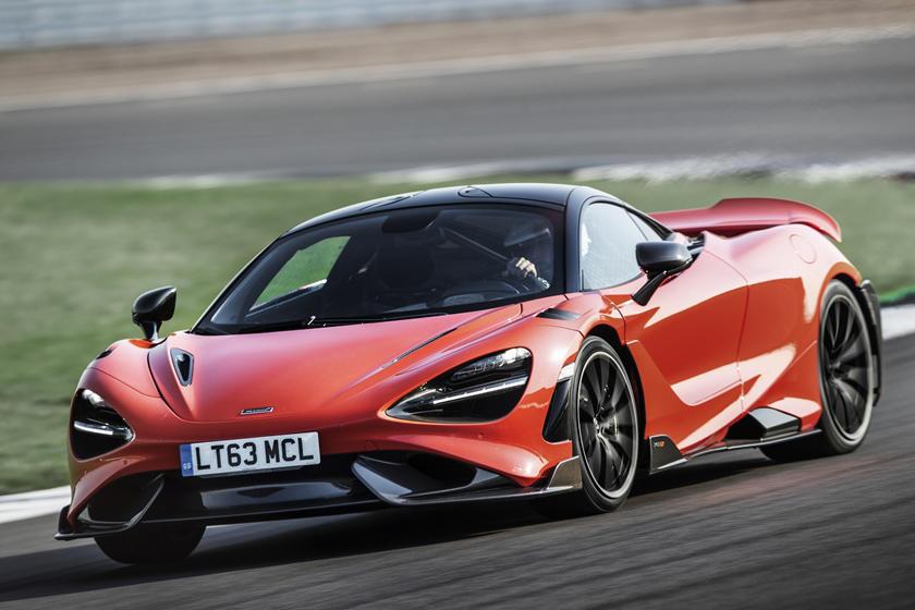 суперкар McLaren 765LT и его характеристики