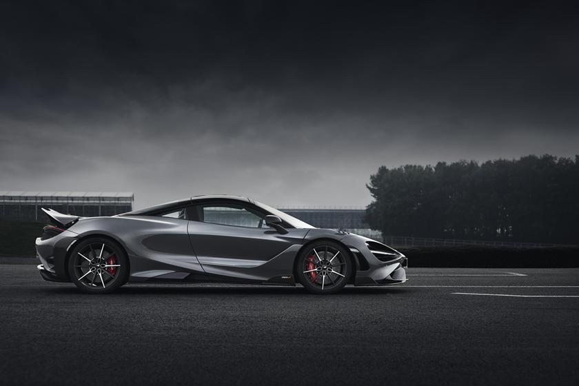 обзор McLaren 765LT