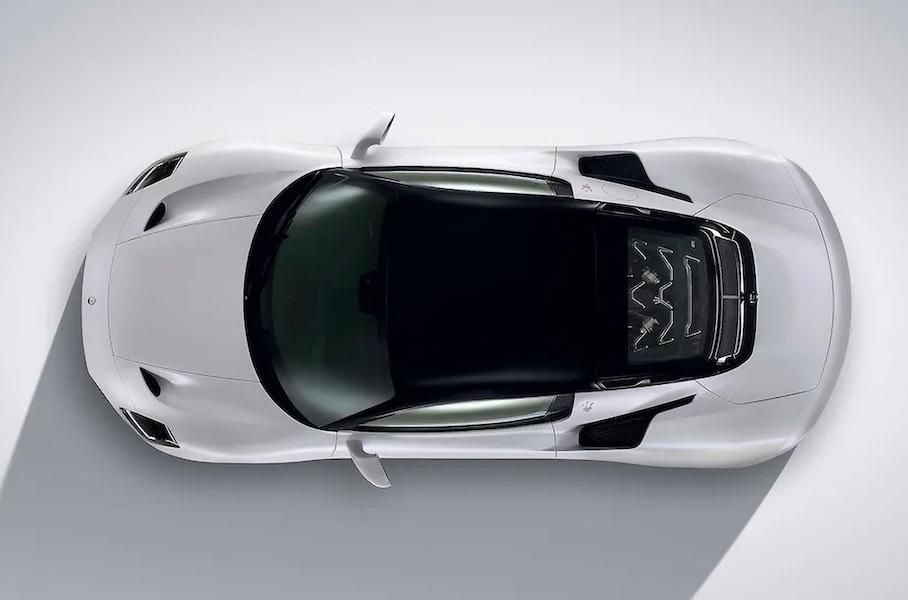 фото суперкара Maserati MC20