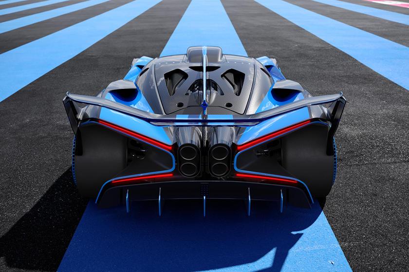 характеристики Bugatti Bolide и максимальная скорость гиперкара