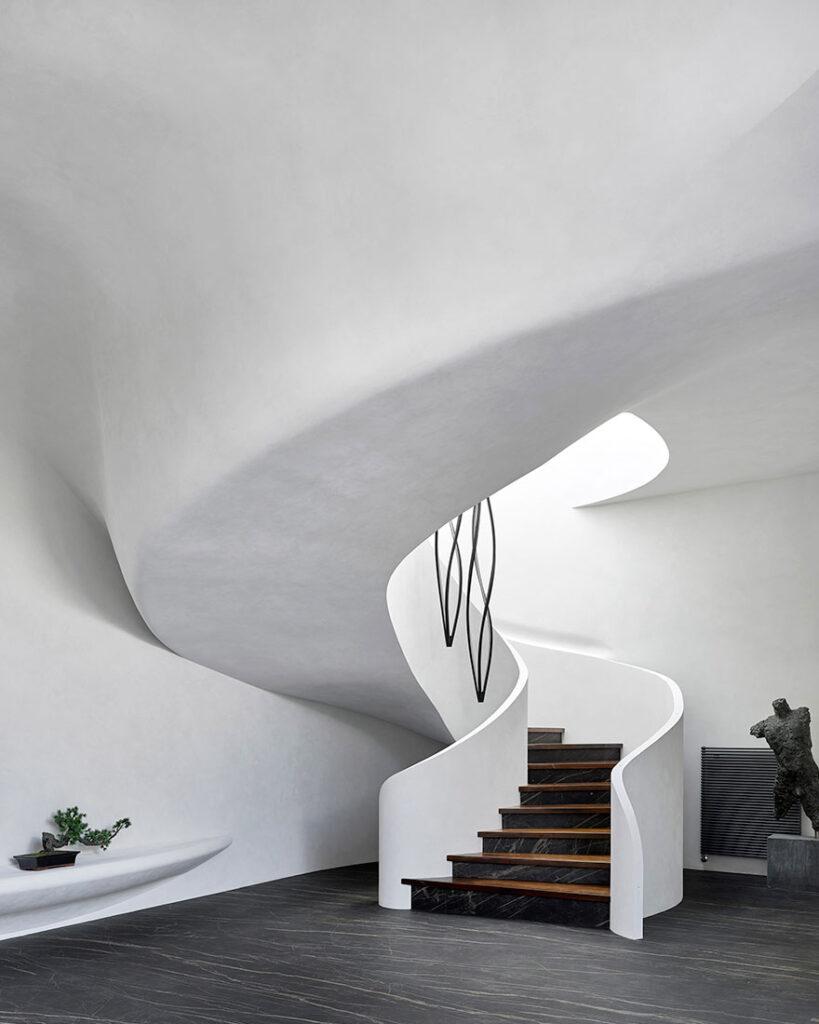 дизайнерская лестница в частном доме, цены