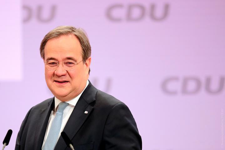 Лашет заменит Меркель