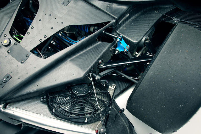 карбоновые детали Bugatti Bolide