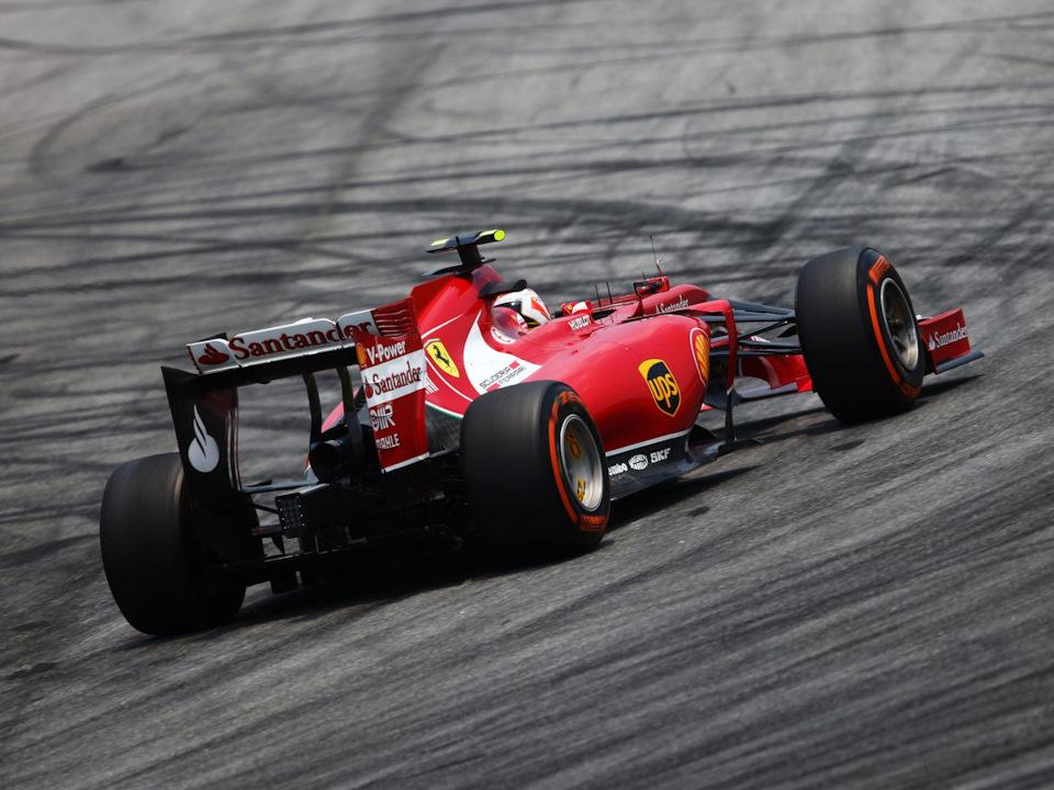 Кими Райкконен на Ferrari F14T на Гран При Малайзии '14