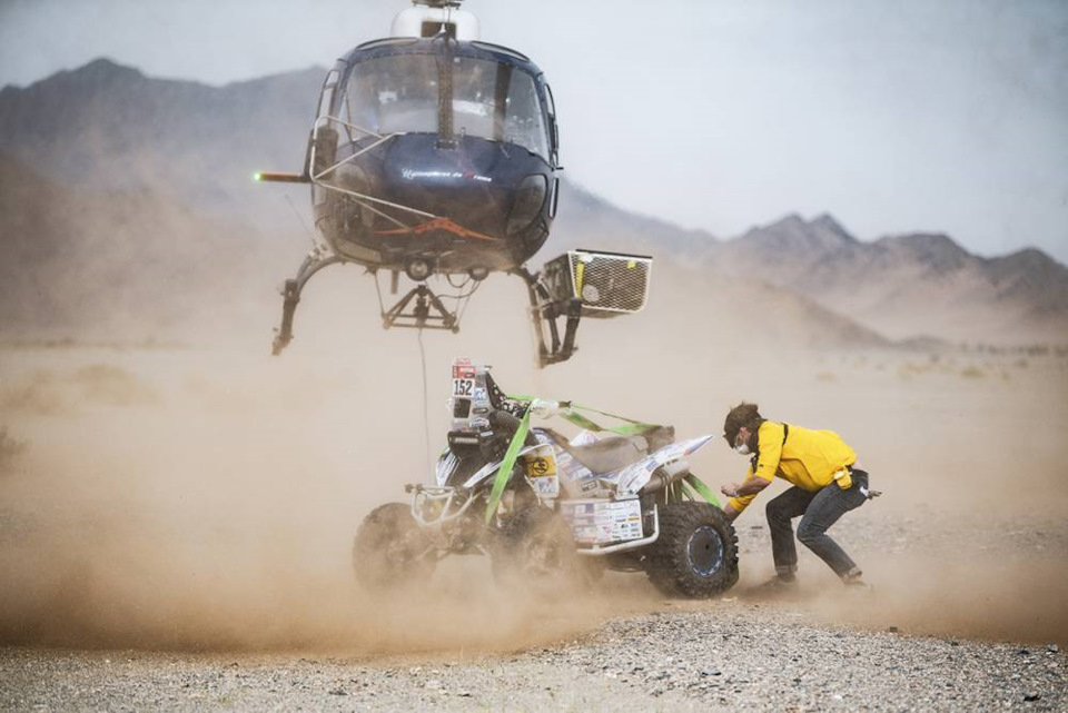 вертолет на дакаре